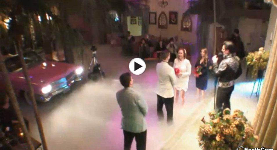 2. Webcam van een echte Elvis trouwerij - Elvis Wedding Chapel Las Vegas