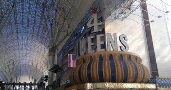 4Queens aan Fremont Street